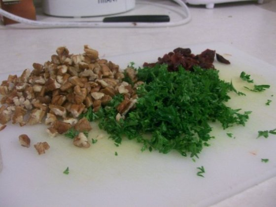 Pecans, parsley and craisins, ready to go into the pan.