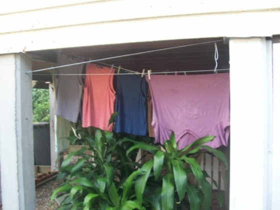 Under-the-house clothesline